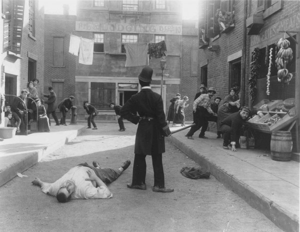 The Tramp triumphant in EASY STREET (1917)