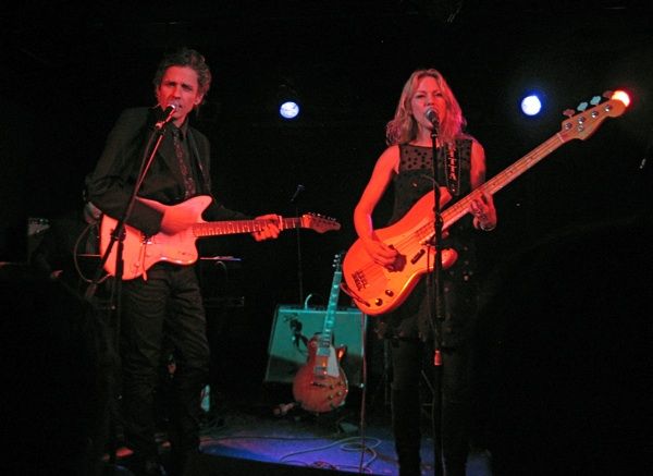 Dean & Britta at Southpaw. 12/31/09. Photo by Ryan Spencer.